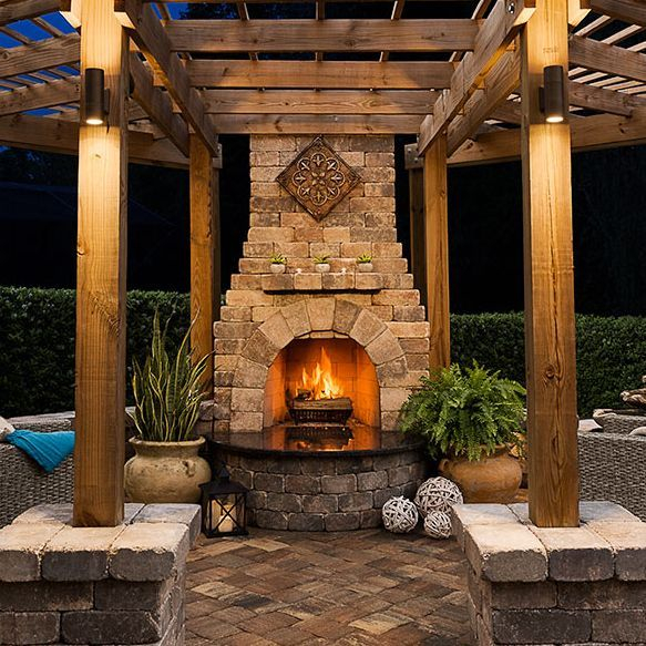 outdoor fireplace with pavers